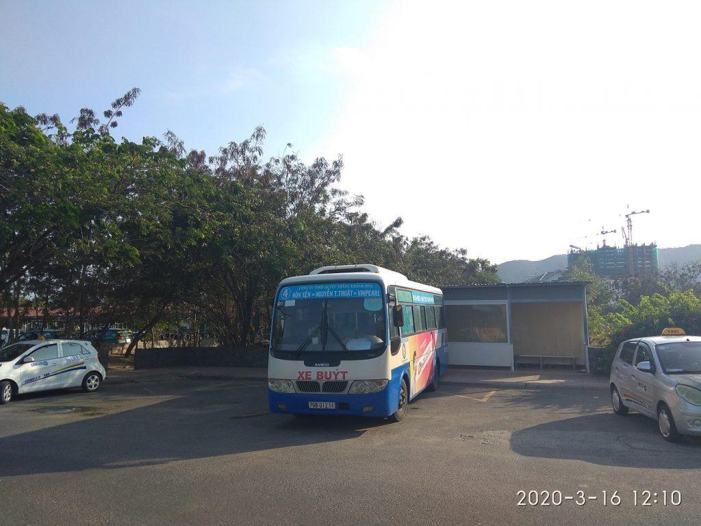 Как добраться в Винперл из Нячанга, остановка автобуса номер 4 около Винперл