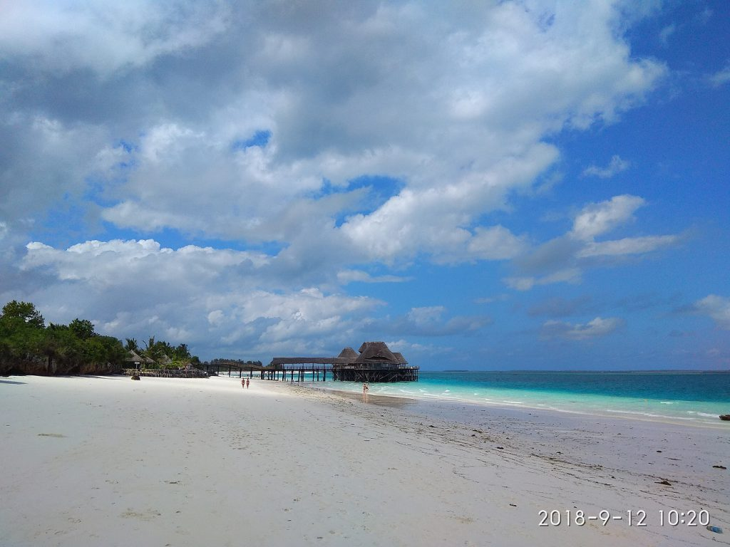 Чем заняться на Занзибаре - пляж Нунгви.