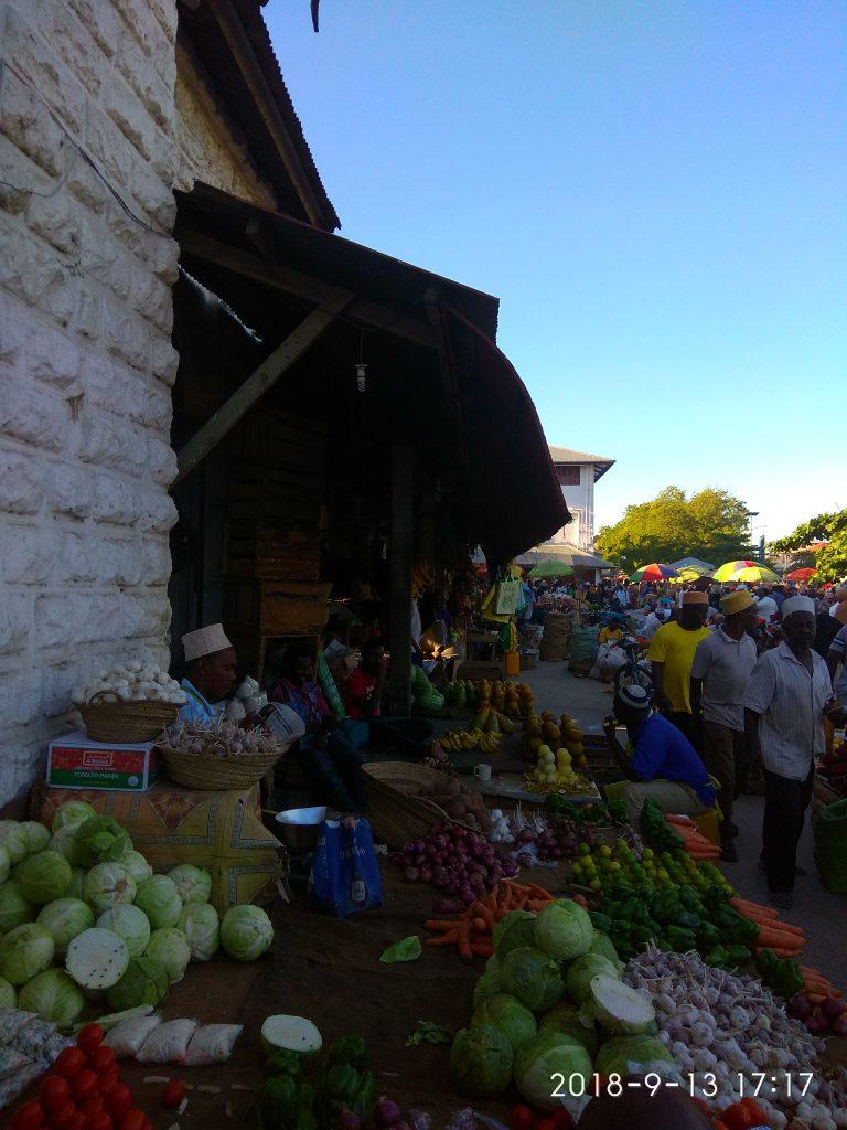 Рынок Дараджани.